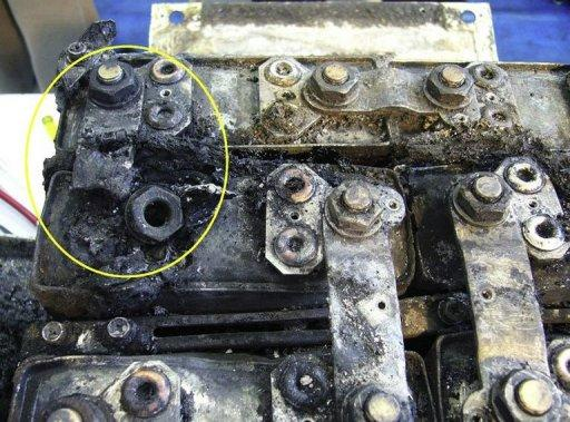 <p>The damaged main battery of the All Nippon Airways (ANA) Boeing 787 Dreamliner plane that made an emergency landing in the Japanese city of Takamatsu on January 16, 2013. In left upper circle is the part of the battery that sustained the worst damage.</p>