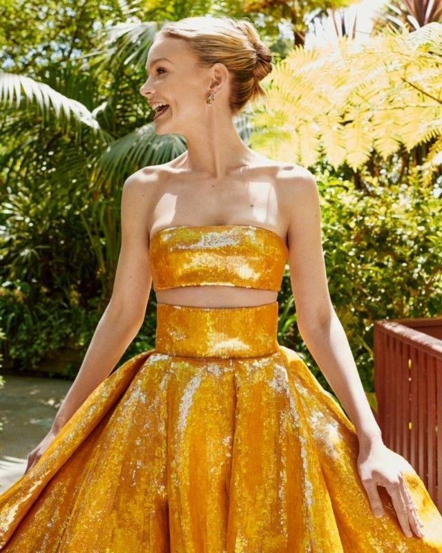 <p>Even more sequins and golden glamour came courtesy of Mulligan, who chose a pair of tourmaline and coloured sapphire earrings and a matching ring from Cartier's [Sur]Natural high-jewellery collection. </p>