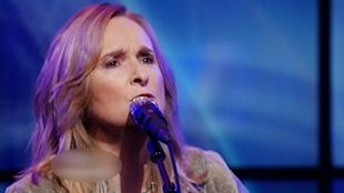 Melissa Etheridge says Jolie's decision to get a double mastectomy was a fearful choice.