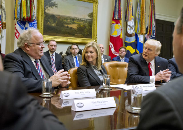 Rep. Marsha Blackburn, R-Tenn., center, at a congressional listening session with President Trump and Rep. Billy Long, R-Mo., left, at the White House last February. (Photo: Ron Sachs/Pool via CNP)