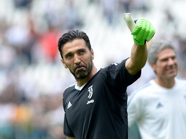 Soccer Football - Serie A - Juventus vs Hellas Verona - Allianz Stadium, Turin, Italy - May 19, 2018 Juventus' Gianluigi Buffon gestures during the warm up before the match REUTERS/Massimo Pinca
