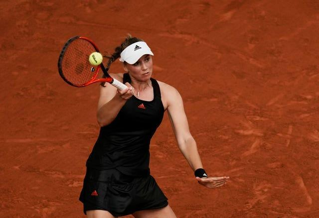 Elena Rybakina used her forehand and serve to great effect