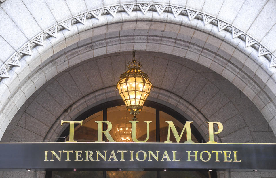 El Trump International Hotel ubicado en el número 1100 de la avenida Pensilvania, en el Noroeste de Washington, en Washington DC. (Foto de Jonathan Newton/The Washington Post vía Getty Images)