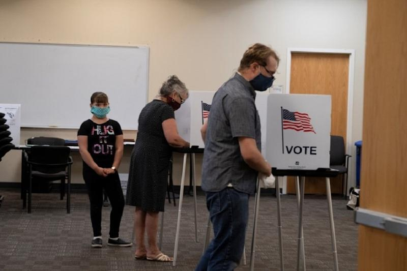 Confusion, Missing Ballots as Eight US States Vote During Coronavirus Pandemic