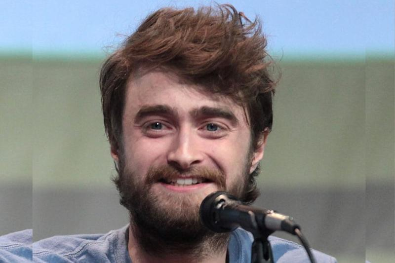 Daniel Radcliffe is Reading 'Harry Potter and the Sorcerer's Stone' to Entertain Fans in Lockdown