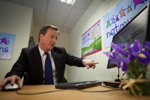 David Cameron Becomes 4th G8 Leader to Join Twitter