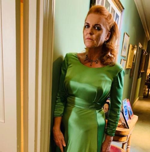sarah-ferguson-green-dress-twitter