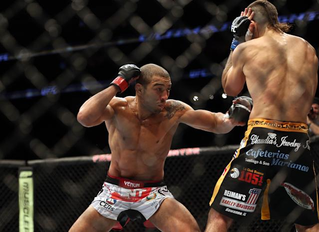 Featherweight champ Jose Aldo out of UFC 176 with injury