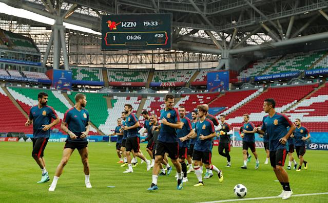 Soccer Football - World Cup - Spain Training - Kazan Arena, Kazan, Russia - June 19, 2018 General view during training REUTERS/John Sibley
