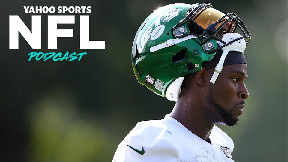 The New York Jets released RB Le'Veon Bell on Tuesday evening. Charles Robinson & Terez Paylor break down what went wrong in New York and where the back could sign next. (Photo by Mike Stobe/Getty Images)