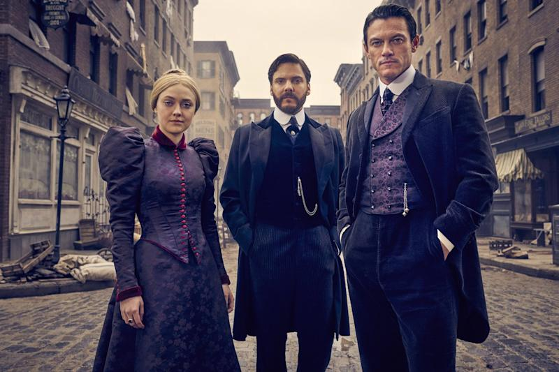 Gang of three: Dakota Fanning, Daniel Brũhl and Luke Evans in The Alienist: Kurt Iswarienko / Netflix