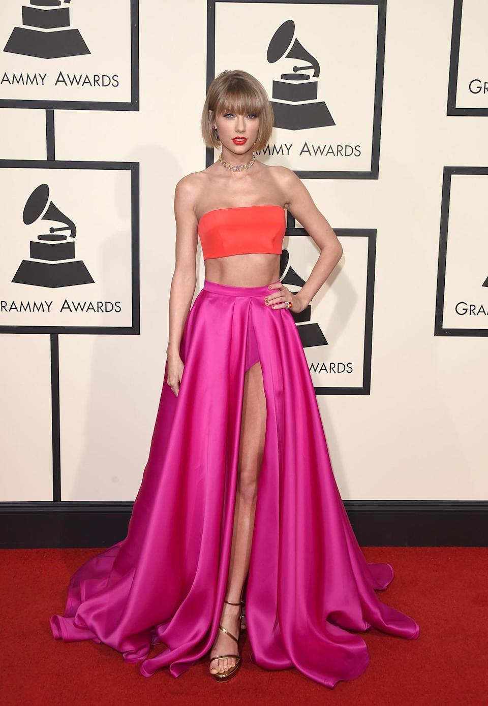 <p>The one who brought back this style, T-swift does everything from her red carpet ensembles to her street style high-waist.</p>