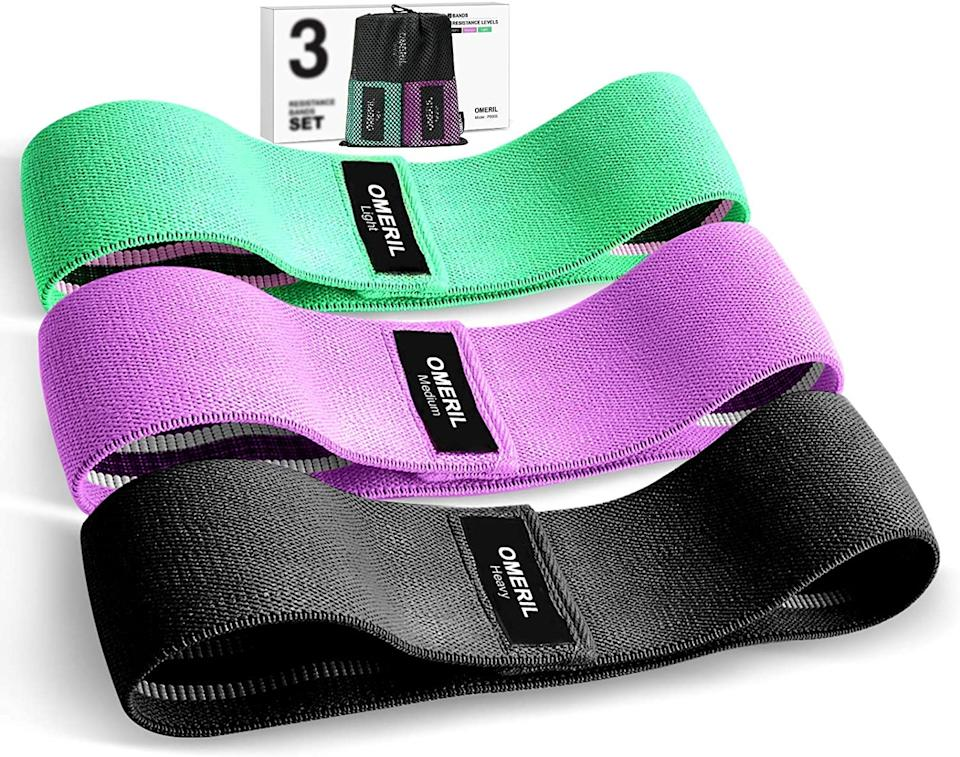 Omeril 3 Pack Fabric Workout Bands are on sale for just $17. Image via Amazon.