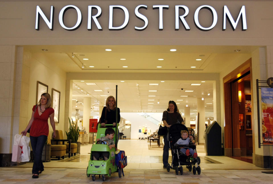 The Nordstrom store is seen at a mall in a Denver suburb May 16, 2008. The upscale department store chain Nordstrom Inc. reported earnings that topped Wall Street estimates.  REUTERS/Rick Wilking (UNITED STATES)