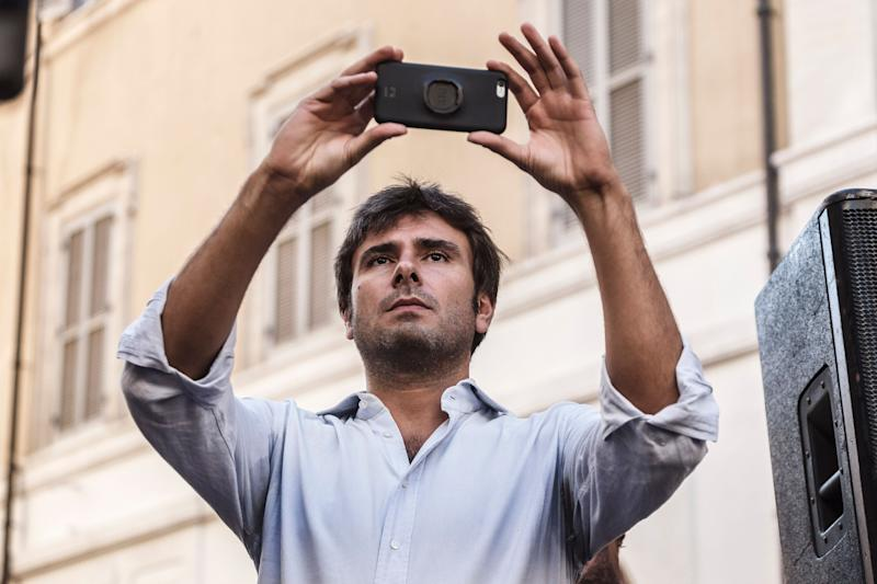Alessandro Di Battista, Five Star Movement deputy, attends a demonstration, in front of the Chamber of Deputies in Montecitorio Square, to protest against the proposal of the new Italian electoral law called 'Rosatellum Bis' in Rome, Italy on October 10, 2017. Italys traditional political parties have pledged to back a new electoral law that is seen penalising the anti-establishment 5-Star Movement ahead of next years national election.(Photo by Giuseppe Ciccia/NurPhoto via Getty Images) (Photo: NurPhoto via Getty Images)