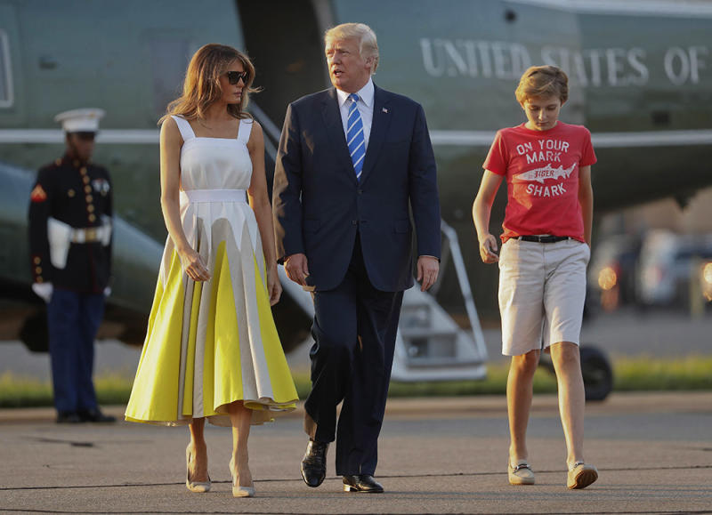 4c334e6d5d5b Barron Trump, with parents Melania and Donald Trump, was seen wearing a J.