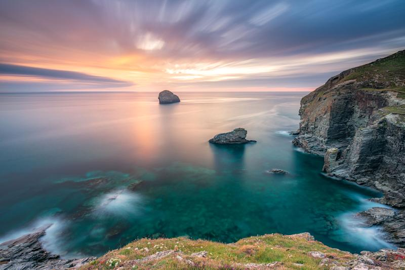 Cornwall Gulf rock near Trebarwith Strand. (Photo: Alessio Putzu/Caters News)