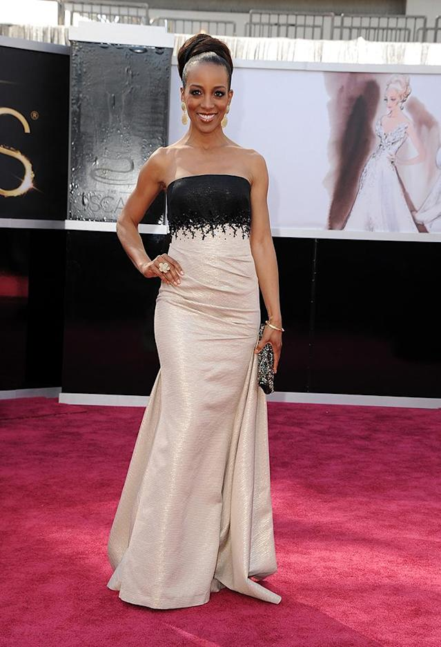 Shaun Robinson arrives at the Oscars in Hollywood, California, on February 24, 2013.