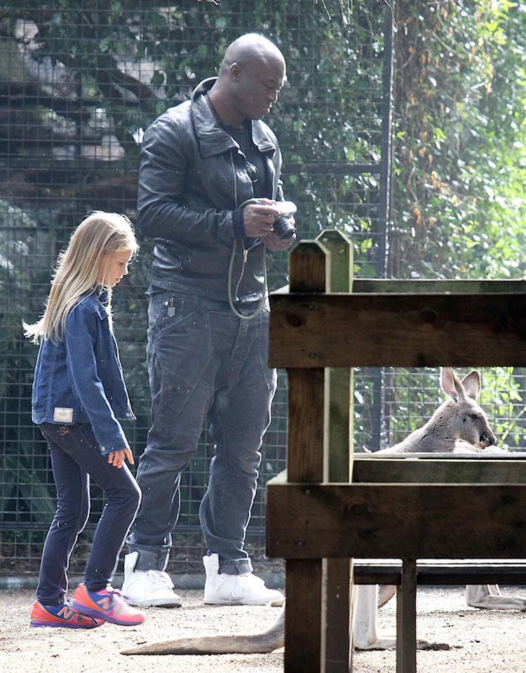 EXCLUSIVE TO INF. ALL-ROUNDER.June 11, 2013: Seal and his four children Leni, Henry, Johan and Lou visit Featherdale Wildlife Park in Sydney, Australia. The family then enjoy a game of 'Scatch' in the car park.Mandatory Credit: INFphoto.com Ref: infausy-/10/12/17/20/29|sp|EXCLUSIVE TO INF. ALL-ROUNDER.