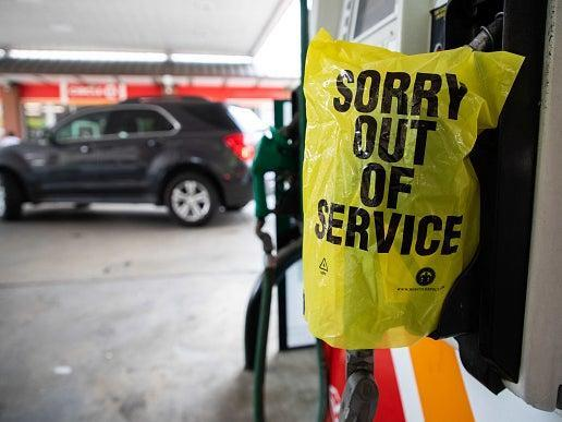 <p>White House tells Americans to stay calm over fuel crisis as DeSantis blames Biden for not 'stepping up'</p> (AP Photo/Brynn Anderson)