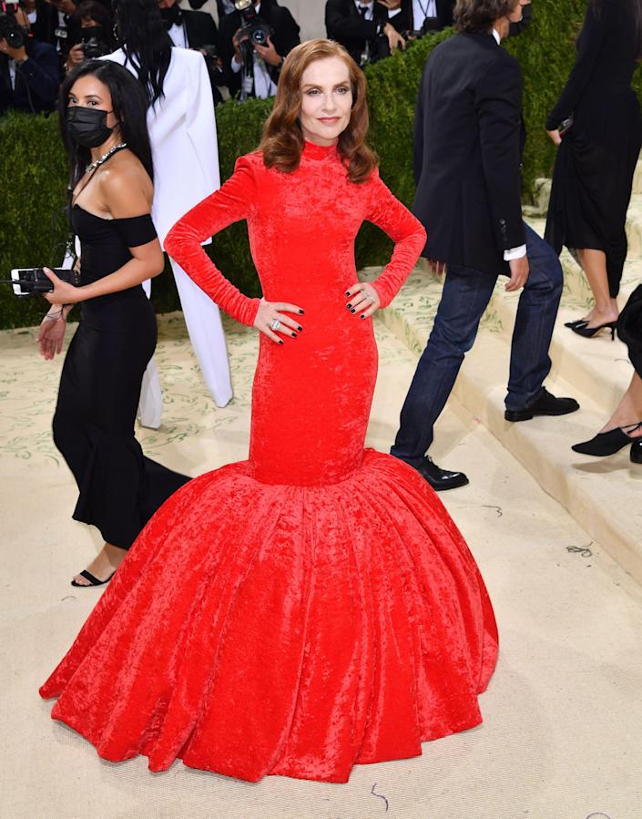 """<h1 class=""""title"""">Isabelle Huppert in Balenciaga</h1><cite class=""""credit"""">Photo: Getty Images</cite>"""