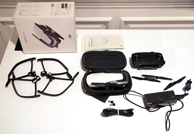 The Mavic Air comes with four propeller guards for indoor flight, 1 battery, a case, spare propellers and a charger.