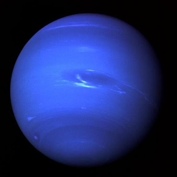 Neptune Shines in Night Sky This Week