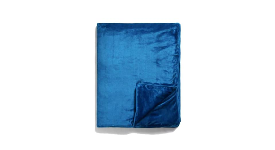 Synthetic Collection Weighted Blanket with Removable Cover
