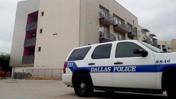 PHOTO: A Dallas Police vehicle is parked near the South Side Flats apartments in Dallas, Sept. 10, 2018. (AP)