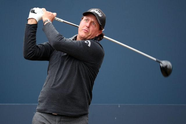 Tiger Woods v Phil Mickelson rematch File Photo