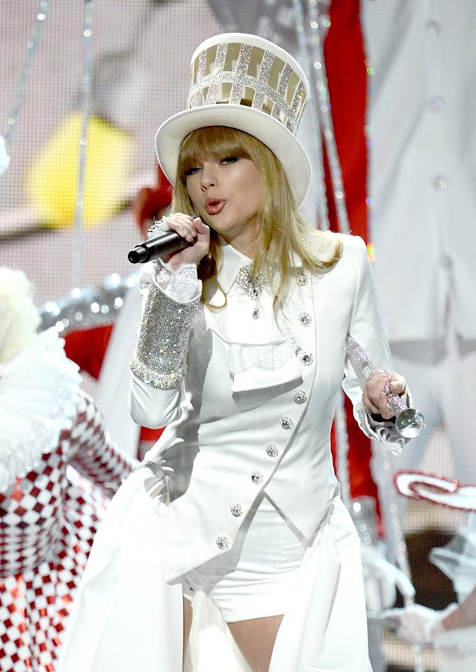 Taylor Swift performs onstage during the 55th Annual GRAMMY Awards at STAPLES Center on February 10, 2013 in Los Angeles, California.  (Photo by Kevin Winter/WireImage)