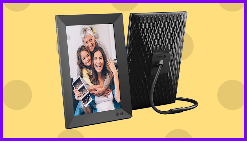 Shoppers love that the frame lets you update photos and add music remotely. (Photo: Nixplay)