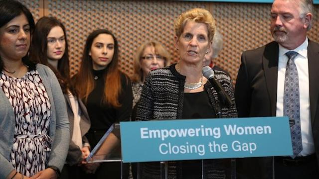 Premier Kathleen Wynne's new pay transparency bill slammed as 'timid'
