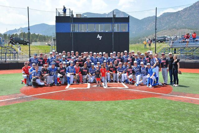 The Air Force and New Mexico baseball teams helped a 4-year-old cancer patient hit an inside-the-park home run on Saturday. (Twitter/Air Force Baseball)