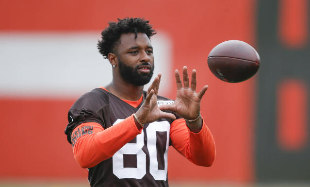 "Cleveland Browns rookie <a class=""link rapid-noclick-resp"" href=""/nfl/players/31775/"" data-ylk=""slk:Blake Jackson"">Blake Jackson</a> led a parody video making fun of <a class=""link rapid-noclick-resp"" href=""/nfl/players/27591/"" data-ylk=""slk:Jarvis Landry"">Jarvis Landry</a>'s profanity-laced speech on Tuesday night's episode of ""Hard Knocks."" (Getty Images)"