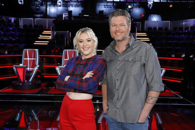 Chloe Kohanski with Blake Shelton. (Photo: NBC)