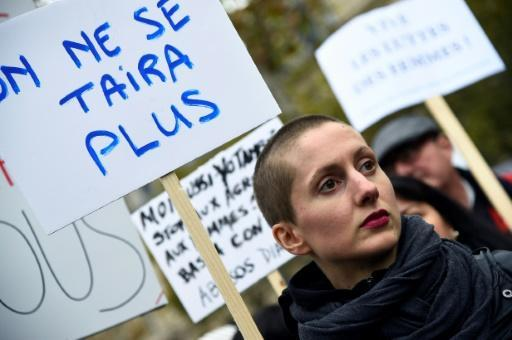 <p>More than 1 in 10 French women raped: poll</p>