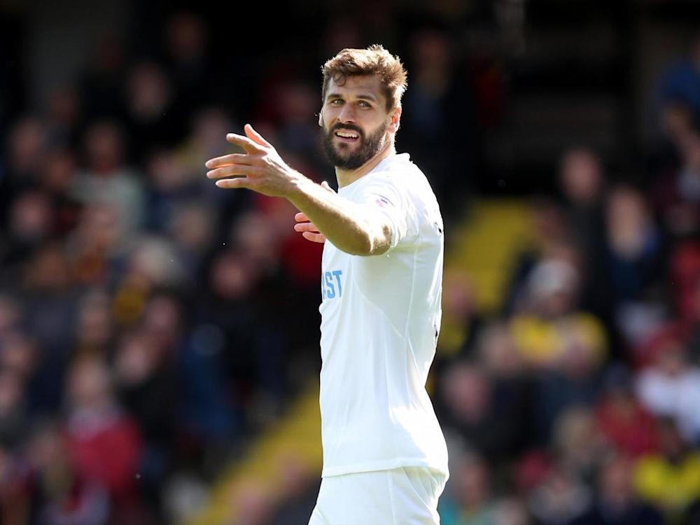 Llorente should have scored for Swansea (Getty)