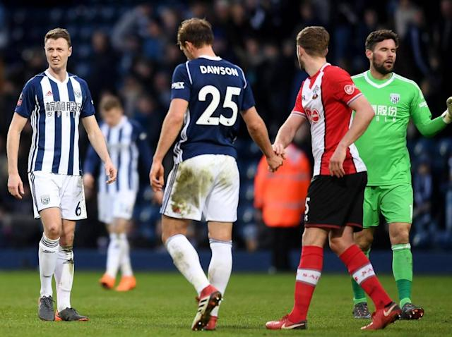 Southampton's Mauricio Pellegrino leaps to Alan Pardew's defence in the wake of West Brom's ill-fated trip to Barcelona