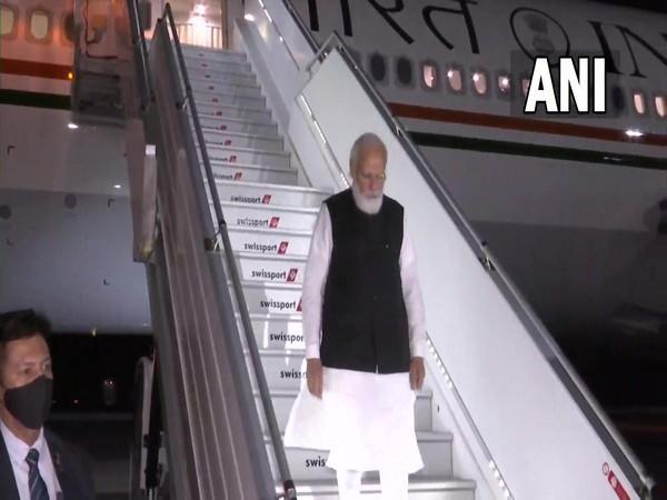 Prime Minister Narendra Modi on Friday evening (local time) arrived in New York.