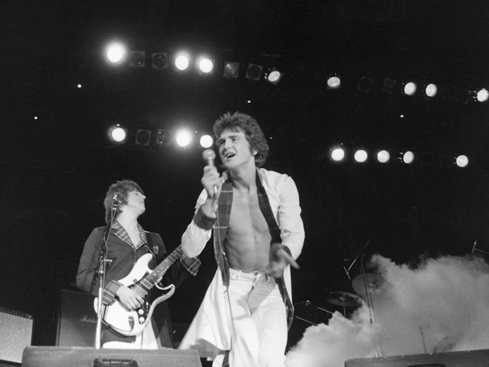 <p>The singer performing at the Budokan in Tokyo in 1976</p> (Getty)
