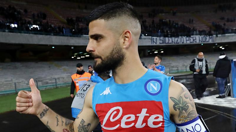 Insigne waiting to sign new Napoli deal