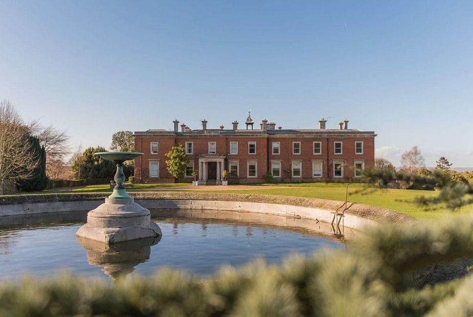 """<p>Certain to take your breath away, the grand Garden Wing at Mount Ephraim house is set in the middle of 10 acres of Edwardian terraced gardens. As well as the sprawling grounds to play with, visitors can also soak up historical experiences in the medieval City of Canterbury — just a short drive away. </p><p><a class=""""link rapid-noclick-resp"""" href=""""https://go.redirectingat.com?id=127X1599956&url=https%3A%2F%2Fwww.snaptrip.com%2Fproperties%2Funited-kingdom%2Fengland%2Fsouth-east%2Fkent%2Fswale-district%2Ffaversham%2Flovely-faversham-cottage-s167590&sref=https%3A%2F%2Fwww.countryliving.com%2Fuk%2Fhomes-interiors%2Fproperty%2Fg35136401%2Fperiod-properties-rent%2F"""" rel=""""nofollow noopener"""" target=""""_blank"""" data-ylk=""""slk:MORE INFO"""">MORE INFO</a></p>"""