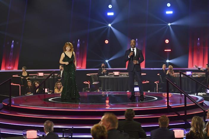 "THE 54TH ANNUAL CMA AWARDS - ""The 54th Annual CMA Awards"", hosted by Reba McEntire and Darius Rucker aired from Nashville's Music City Center, WEDNESDAY, NOV. 11 (8:00-11:00 p.m. EST), on ABC. (ABC) REBA MCENTIRE, DARIUS RUCKER, pictured. Credit: ABC"