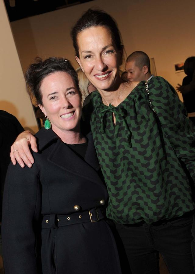 "Kate Spade, left, and Cynthia Rowley at the opening of Annie Leibovitz's ""Pilgrimage"" exhibit at Manhattan's Pace/MacGill gallery in 2011. (Photo: Steve Eichner/Penske Media/Rex/Shutterstock)"