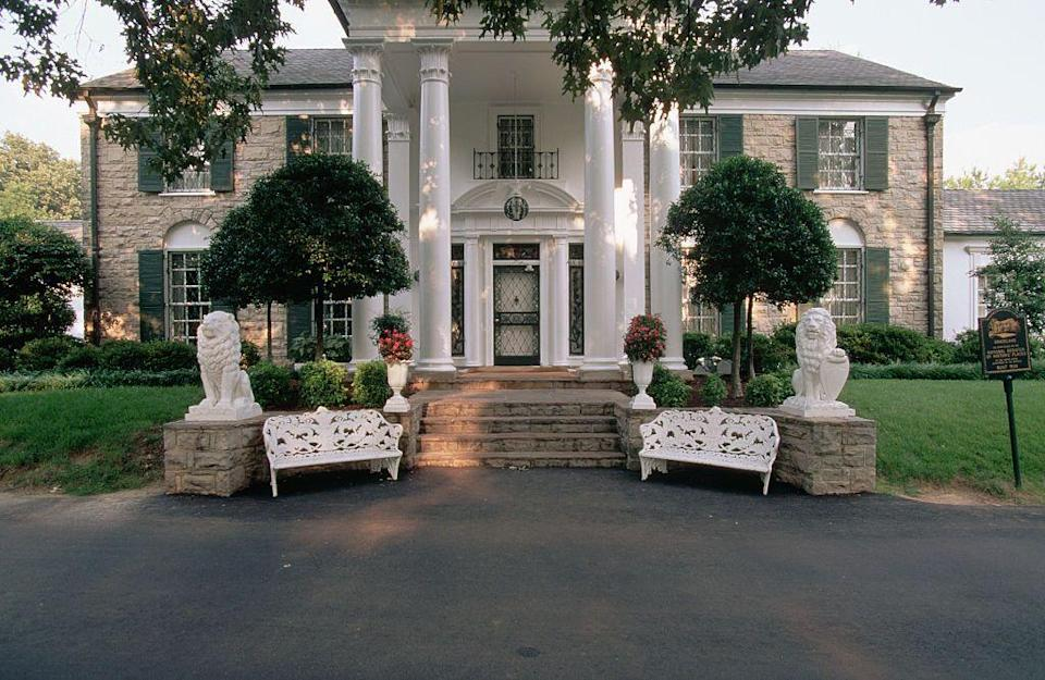 "<p>While the rooms on the lower level as well as the outer buildings on the estate, like the barn, are available for public viewing, the top level remains private for <a href=""https://www.express.co.uk/entertainment/music/1390837/Elvis-Presley-Graceland-Lisa-Marie-Presley-Priscilla-Presley"" rel=""nofollow noopener"" target=""_blank"" data-ylk=""slk:Lisa Marie and her family"" class=""link rapid-noclick-resp"">Lisa Marie and her family</a>. </p>"
