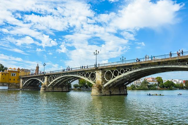 <p>A 24-year-old Polish college student plunged to her death in 2014 onto a narrow concrete path below while she was posing for a selfie on the Triana Bridge in Seville, Spain. The oldest bridge in Seville, which connects the island of Triana to Seville, the Puente de Isabel II, is considered to be a must-visit for tourists. However, what officials do not recommend is climbing or standing on the bridge to take the perfect selfie. </p>