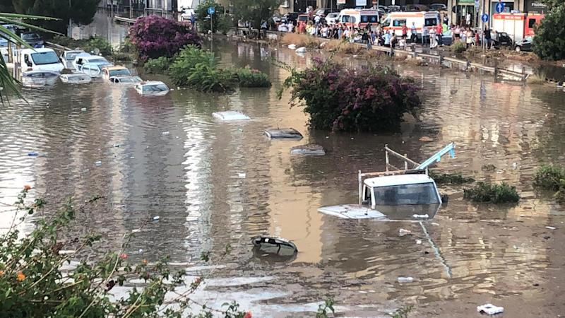 Bomba d'acqua a Palermo (Photo: ANSA)