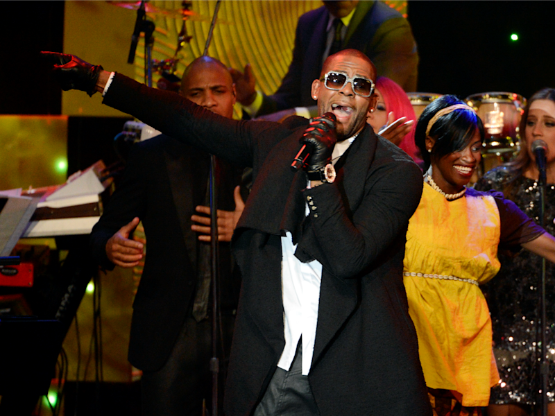 A George official has called for an investigation of allegations against singer R. Kelly, seen here performing at the Clive Davis Pre-Grammy Gala on January 25, 2014: Reuters/Phil McCarten