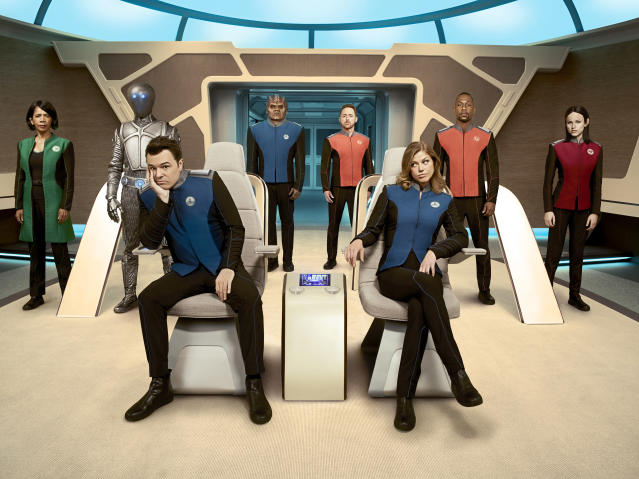 "Penny Johnson Jerald, Mark Jackson, Seth MacFarlane, Peter Macon, Scott Grimes, Adrianne Palicki, J Lee, and Halston Sage in ""The Orville."" (Photo: Noah Schutz/FOX)"
